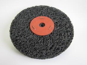 SAN Strip & Clean Disc Black 150mm Washered